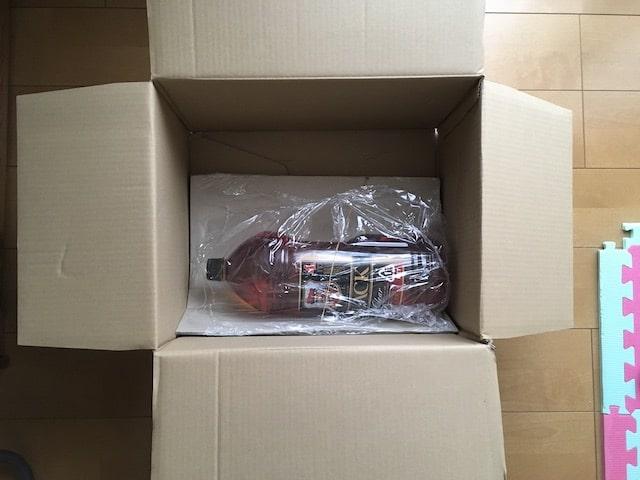 ペットボトルウイスキーの梱包(Amazon)