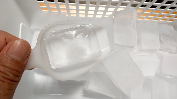 浄水型ウォーターサーバーで作った氷